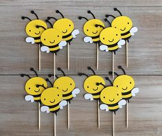 This Bumble Bee Cupcake Toppers. is just one of the custom, handmade pieces you'll find in our party supplies shops. Farm Birthday, Birthday Party Themes, Happy Birthday, Bee Crafts, Preschool Crafts, Crafts For Kids, Paper Crafts, Farm Cupcake Toppers, Popsicle Stick Crafts