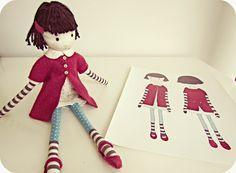 Antes de começar a fazer bonecas eu já namorava as desenhadas pela Cecília Murgel . Quando comecei a me aventurar nas primeiras bonecas ...