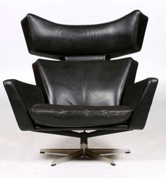The OX Chair by Arne Jacobsen