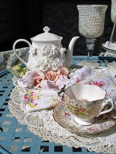 tea displays are always lovely, even if none of the pieces match