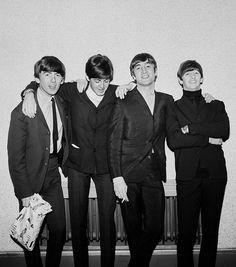 The Beatles featuring Paul McCartney George Harrison John Lennon and Ringo Starr Liverpool, Richard Starkey, Music Genius, Beatles Photos, John Lennon Beatles, Star Wars, British Invasion, The Fab Four, Ringo Starr