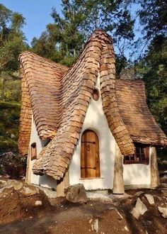 storybook architecture on the shores of vancouver island canada created by timothy lindberg and daniel huscroft naturalhomes - Garden Sheds Vancouver Island