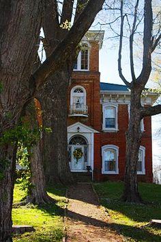 VISIT    http://americanfolklife.blogspot.com/2012/02/folk-issue-iv-country-comforts.html