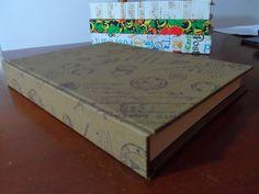 Encadernação Inglesa Tamanho A5 Capa revestida em tecido miolo papel boon milenium 126 págs