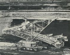 Bucket-wheel dredger, Morwell open cut, 1959