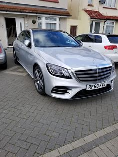 We are Luton Airport Leading Executive Taxi Compnay Airport Car Service, London City Airport, Europe Car, Easy Jet, National Car, Car Rental Company, Lux Cars, Benz S Class, Cars Uk