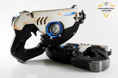 Tracer's  pulse pistols pair cosplay от CosplayManufactory на Etsy