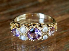 Vintage Amethyst And Seed Pearl Scrolled Gallery Ring Hey, I found this really awesome Etsy listing Engagement Rings Under 500, Vintage Engagement Rings, Vintage Rings, Unique Rings, Unique Jewelry, Old Rings, Carat Gold, Eternity Ring, Red Gold