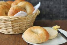 Bagel - Leave them to rise in fridge overnight ・Bread flour ・Dry yeast ・Sugar ・Salt ・Water (For boiling) ・Water ・Sugar How To Make Bagels, Baking Buns, Bagel Recipe, Pecan Cookies, Healthy Alternatives, Bread Recipes, Good Food, Favorite Recipes, Dinner