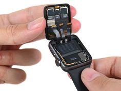 V iFixit rozebrali Apple Watch Series 2 Apple Watch Fashion, Apple Watch 3, Apple Watch Iphone, Apple Watch Series 2, Apple Watch Bands, Watch 2, High Tech Gadgets, Electronics Gadgets, Technology Gadgets