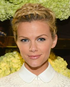 Brooklyn Decker Braided Updo - Brooklyn Decker pulled her hair up into multiple braids for the Tory Burch Rodeo Drive opening. 5 Minute Hairstyles, Summer Hairstyles, Up Hairstyles, Hairstyle Ideas, Formal Hairstyles, Hairdos, Hair Ideas, Hair Styles 2014, Short Hair Styles