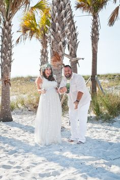 Vow Renewal ideas and inspiration for a simple and intimate beach vow renewal. We Still Do! A maternity vow renewal celebration on the beach with family in Clearwater, Florida from to US travel and lifestyle blogger Tabitha Blue of Fresh Mommy Blog. Beach wedding and maternity vow renewal dresses and style, DIY floral crowns on a budget.