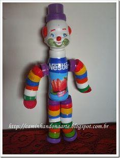 Caminhando na Arte ...: Brinquedo Feito com Reciclagem de Tampinhas