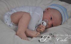Cade Doll Kit par Jorja Pigott pas un bébé reborn
