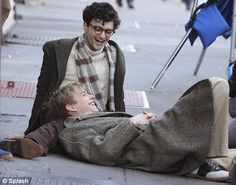 Daniel Radcliffe (Harry Potter) as Allen Ginsberg; filming in Brooklyn.
