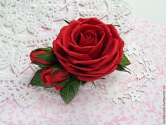 """Купить Заколка для волос с алыми розами """"Эмблема любви"""" - красивые заколки, заколка для волос подарок"""