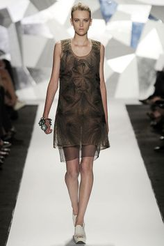 Vera Wang spring 2009 RTW. (I recommend looking at the details.)