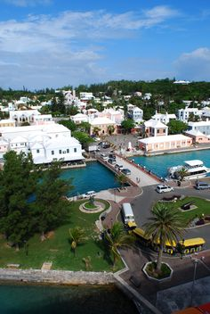 St. George's, Bermuda. White Horse Tavern is the white building with green shutters.