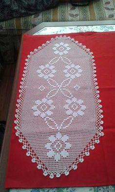Crochet Bikini Pattern, Crochet Lace Edging, C2c Crochet, Crochet Art, Crochet Doilies, Crochet Patterns, Coffee Table Runner, Table Runners, Crochet Table Runner