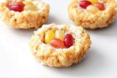 Coconut Crispy Treat Nests No Cook, Marshmallow-Free! Coconut Recipes, Vegan Recipes Easy, Vegetarian Recipes, Vegan Coffee Cakes, Recipe For Mom, Tasty Recipe, Recipe Ideas, Easter Recipes, Easter Ideas