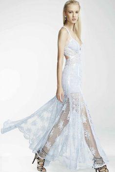 Dress crossed : CHARO RUIZ IBIZA. Moda adlib de Ibiza y vestidos de novia bohemios.