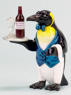 A Penguin serving wine??  This could only be a Ron Lee work of art. Part of the culinary collection.