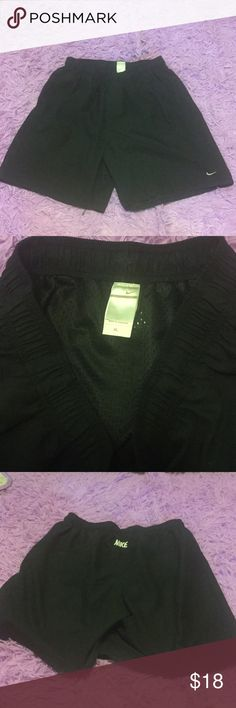Men's black shorts Men's Nike shorts with mesh lining. Like new condition. Has pockets. Nike Shorts Athletic