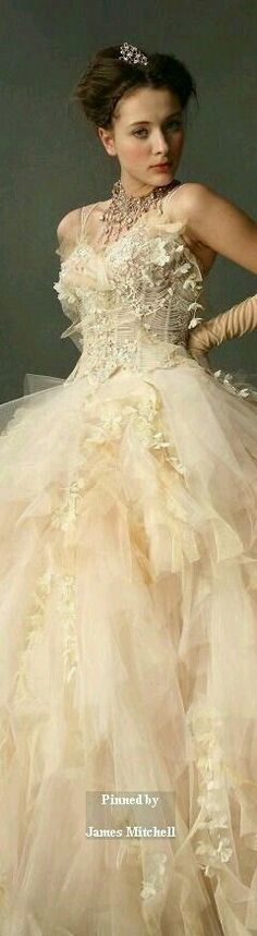 MARIE ANTOINETTE. WEDDING DRESS