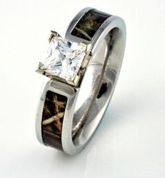 Camo engagement ring 3 Wedd Pinterest Camo engagement rings