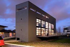 Lelystad house by Dutch Architect Eric Wamelink.