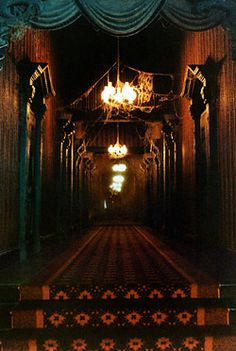 The Endless Hallway....#Haunted Mansion