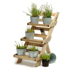 Cute herb garden, space saving idea.