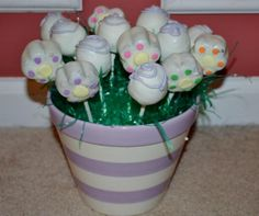 Cake pop/centerpiece idea