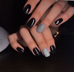 Black, with silver glitter nail polish. Black, with silver glitter nail polish. Black Gel Nails, Black Nails With Glitter, Black Nail Polish, Glitter Nail Polish, Shellac Nails, My Nails, Black Silver Nails, Black Manicure, Black Wedding Nails