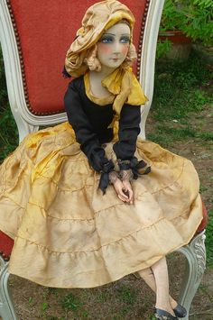 Gorgeous French half doll