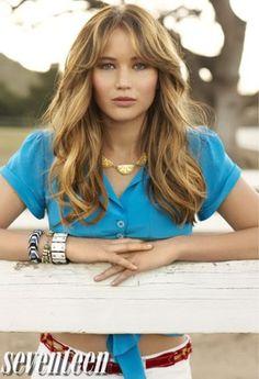 JENNIFER LAWRENCE BLONDEHAIR   Jennifer Lawrence 'Hunger Games' Premieres, Straight Hair or Wavy ...