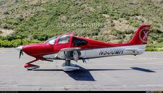 VehiclePic: Cirrus SR20 N500MH Aircraft Photo