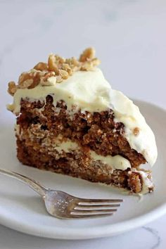 My Favourite Carrot Cake Recipe - My all time favourite Carrot Cake recipe - loaded with grated carrot, crushed pineapple, crunchy walnuts and smothered in cream cheese frosting, this . Cupcakes, Cupcake Cakes, Cake Recipes, Dessert Recipes, Desserts, Kiwi Recipes, Baking Recipes, Best Carrot Cake, Carrot Cakes