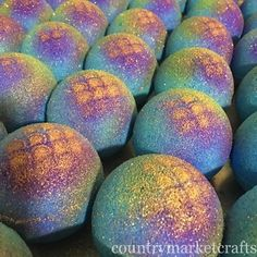 Mermaid bath bombs made with EazyColours 100% water-soluble cosmetic colourants