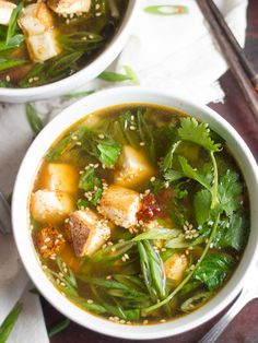 Vegan Hot and Sour Soup with Bok Choy | Connoisseurus Veg