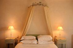 Le ciel de lit, la touche romantique de la chambre
