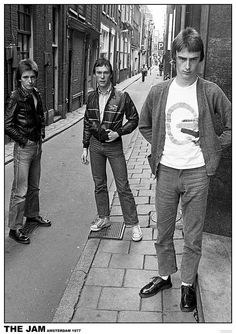 Wear the same style of pants the middle guy is wearing, black converse high tops, an Excel shirt, and ur battle vest Ska Music, The Style Council, Bad Boy Style, Black High Top Converse, Paul Weller, The Jam Band, Types Of Jackets, Rockn Roll, I Love Music