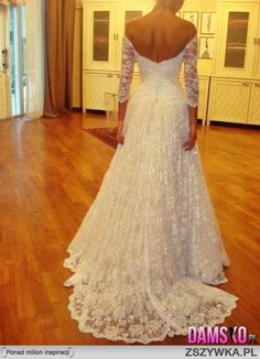 always prefer bridal gowns w/ sleeves. more elegant yes? :)