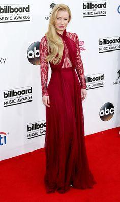 Iggy Azalea turning heads at the 2014 Billboard Music Awards // #BBMA #style #redcarpet