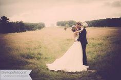 Hochzeitsreportagen und kreative Portraits, das ist Hochzeitsfotografie auf höchstem Niveau Kreative Portraits, Wedding Photography, Wedding Dresses, Wedding Shot, Bridal Dresses, Bridal Gowns, Wedding Gowns, Weding Dresses, Wedding Dress
