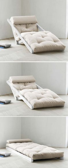 A reading nook, becomes an instant guest bed...clever...