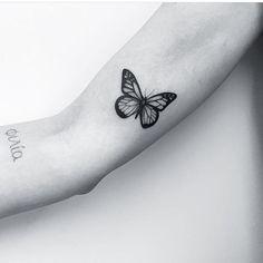 """974 curtidas, 8 comentários - Espaço Alvorada Tattoo (@espacoalvorada) no Instagram: """"Símbolo da transformação, da força e evolução  . . Por: @carlagalvaotattoo . . . . Espaço Alvorada…"""""""