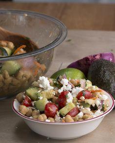 Avocado Chickpea Salad with Chili Lime Dressing - TastyFreshFriday Veggie Recipes, Salad Recipes, Vegetarian Recipes, Healthy Recipes, Healthy Meals, Kosher Recipes, Quick Meals, Healthy Habits, Healthy Choices