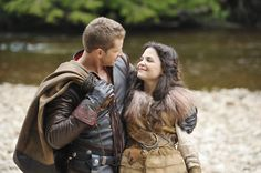 Once Upon A Time (ABC S1) Charming & Snow