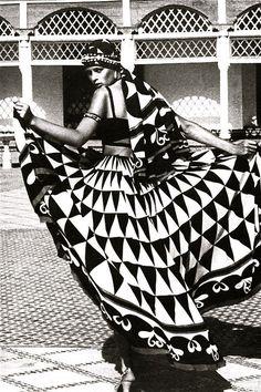 """Morocco Bound"" spread, Vogue UK 1973"